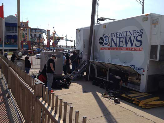 "<div class=""meta image-caption""><div class=""origin-logo origin-image none""><span>none</span></div><span class=""caption-text"">Photos from preps for the Mardi Gras parade in Galveston Island (Photo/ABC-13)</span></div>"