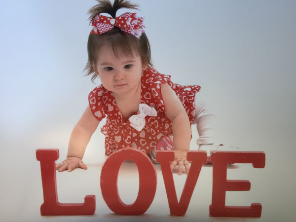"""<div class=""""meta image-caption""""><div class=""""origin-logo origin-image none""""><span>none</span></div><span class=""""caption-text"""">Photos from our viewers of their adorable Valentine's Day cuties (Photo/iWitness Photo)</span></div>"""