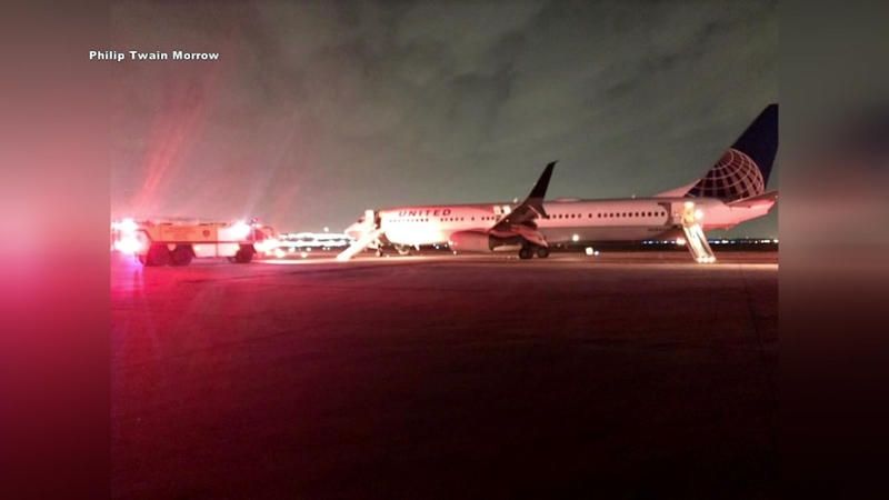New Jersey To Texas United Airlines Flight Issues Emergency After Engine Trouble Abc7 New York