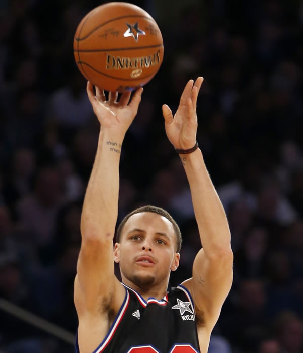 """<div class=""""meta image-caption""""><div class=""""origin-logo origin-image none""""><span>none</span></div><span class=""""caption-text"""">West Team's Stephen Curry, of the Golden State Warriors, shoots during the first half of the NBA All-Star basketball game on Feb. 15, 2015, in New York. (AP Photo/Kathy Willens)</span></div>"""