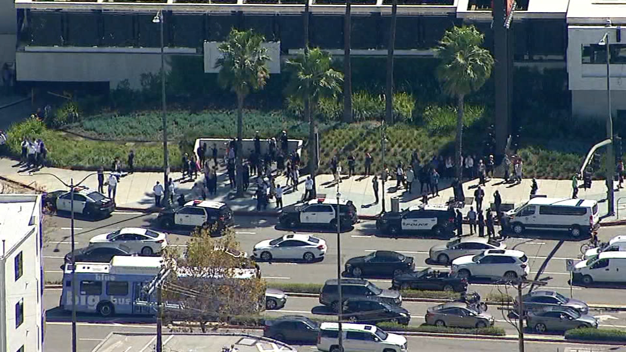 shooting in century city mall
