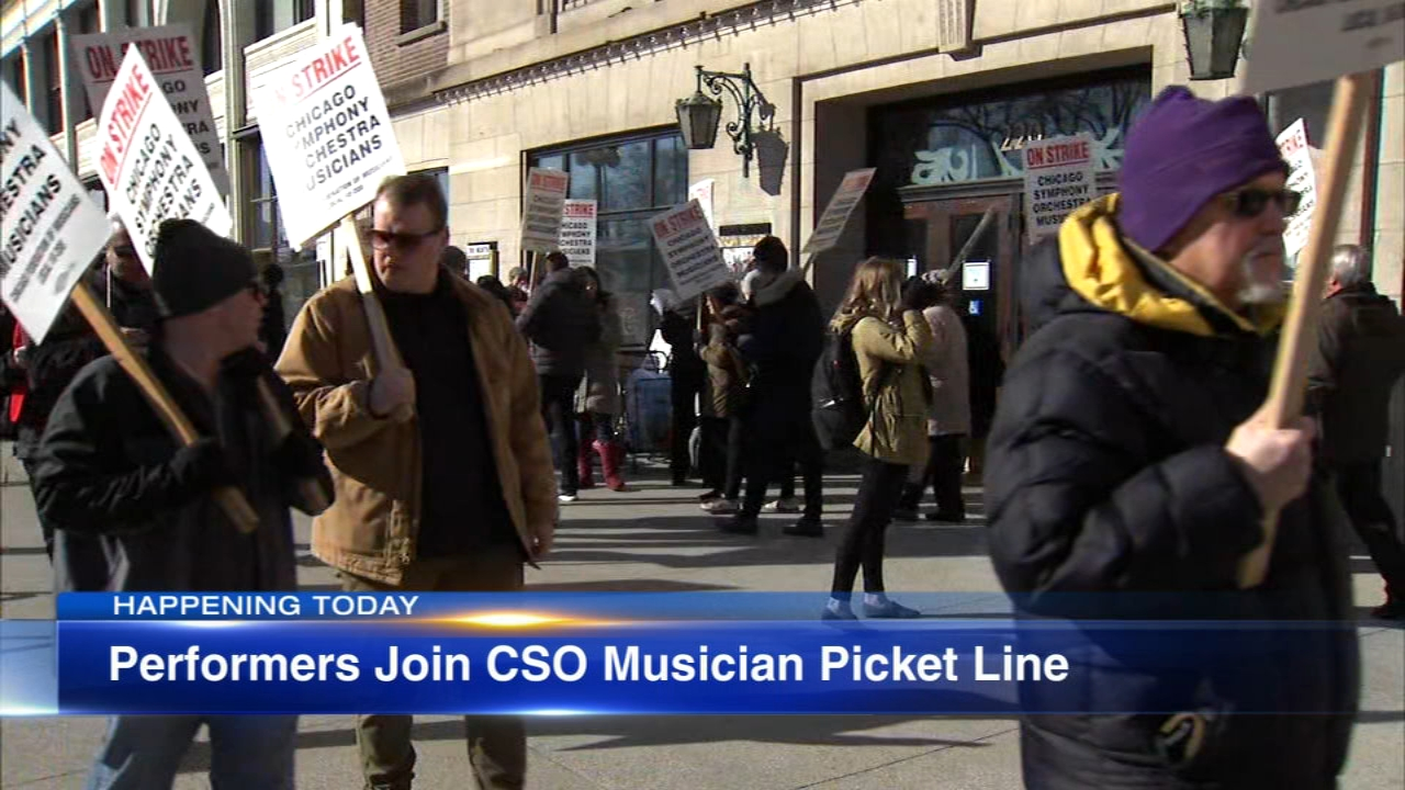 Striking CSO musicians to hold rally with casts of 'Hamilton,' 'A Bronx Tale'
