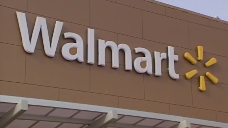 Scammers impersonate Walmart employees, target your receipt