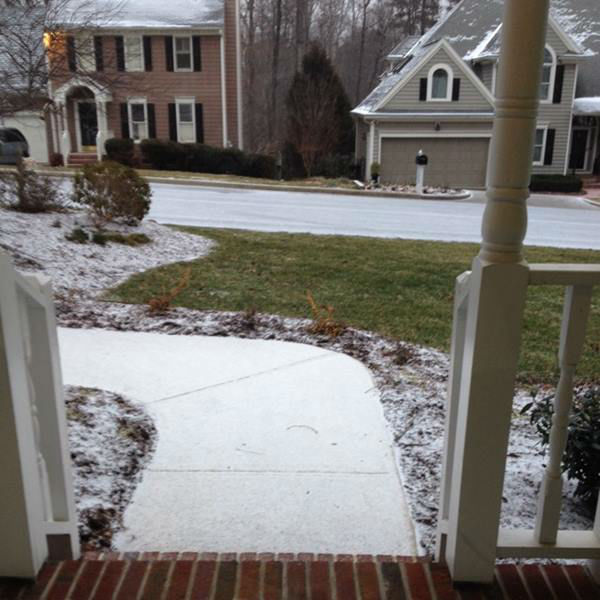 """<div class=""""meta image-caption""""><div class=""""origin-logo origin-image none""""><span>none</span></div><span class=""""caption-text"""">Snow starting to accumulate in Cary. (WTVD Photo/ ABC11 Eyewitness)</span></div>"""