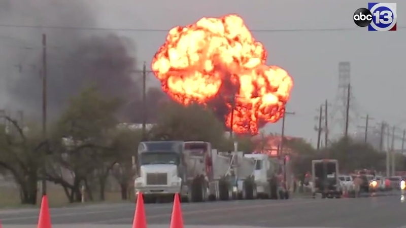 Deer Park Fire: 4 tanks still burning as smoke lifts from