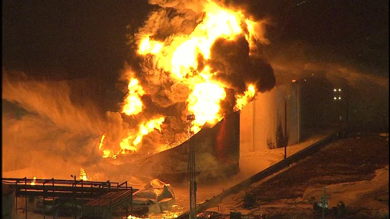 Deer Park Fire 4 Tanks Still Burning As Smoke Lifts From