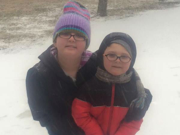 """<div class=""""meta image-caption""""><div class=""""origin-logo origin-image none""""><span>none</span></div><span class=""""caption-text"""">These kids are ready for a snowball fight!</span></div>"""