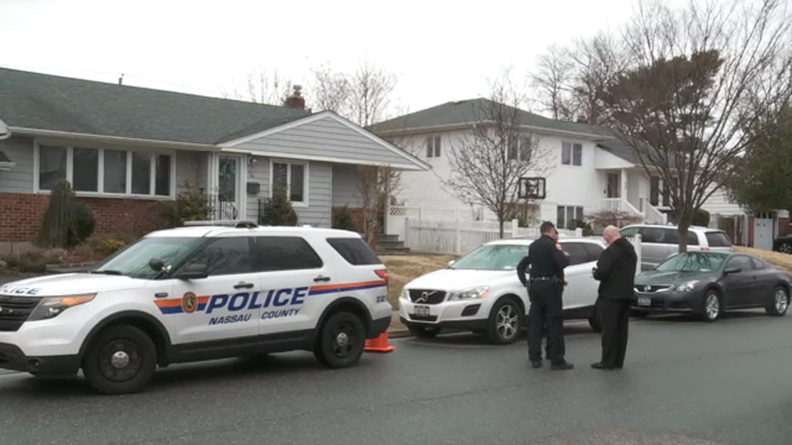 Police: Long Island man in custody after stabbing parents, killing mother