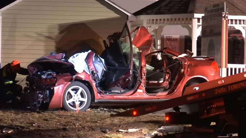 Driver critically injured in crash in Gloucester County