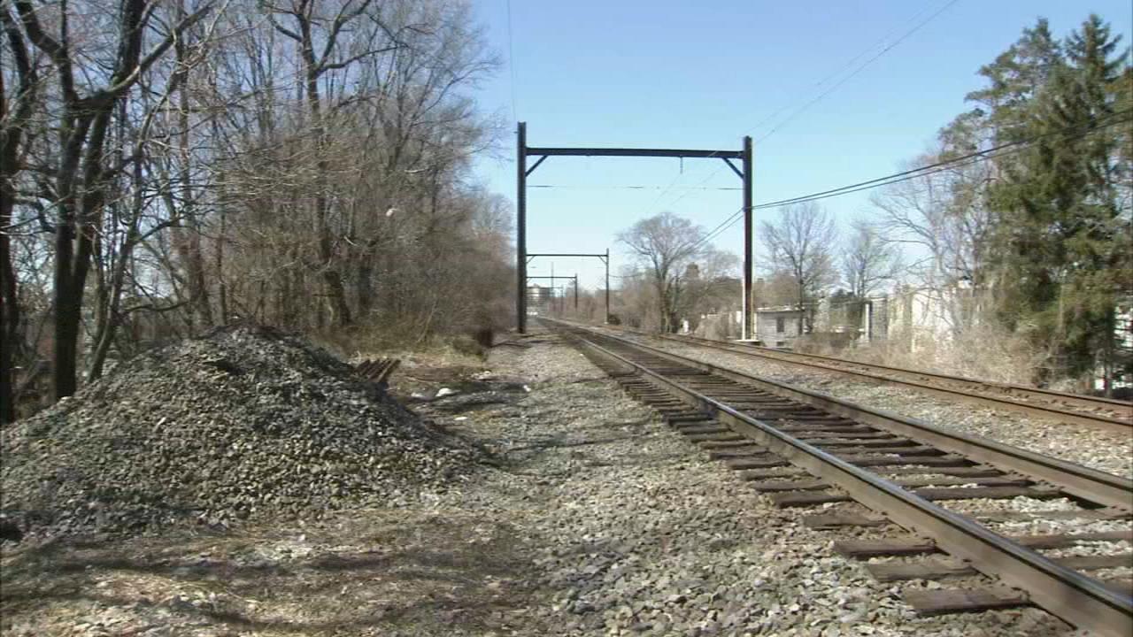 Philadelphia Police: Boy, 11, hit by train in Olney