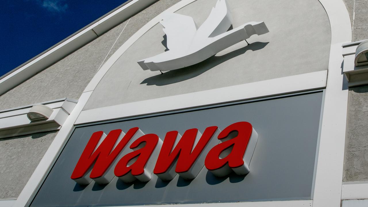 Wawa wins bids for liquor licenses in Philadelphia, Delaware