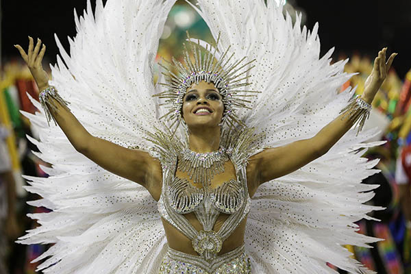 "<div class=""meta image-caption""><div class=""origin-logo origin-image ap""><span>AP</span></div><span class=""caption-text"">Drum queen Juliana Alves from the Unidos da Tijuca samba school parades during carnival celebrations at the Sambadrome in Rio de Janeiro, Brazil, early Tuesday, Feb. 17, 2015.</span></div>"