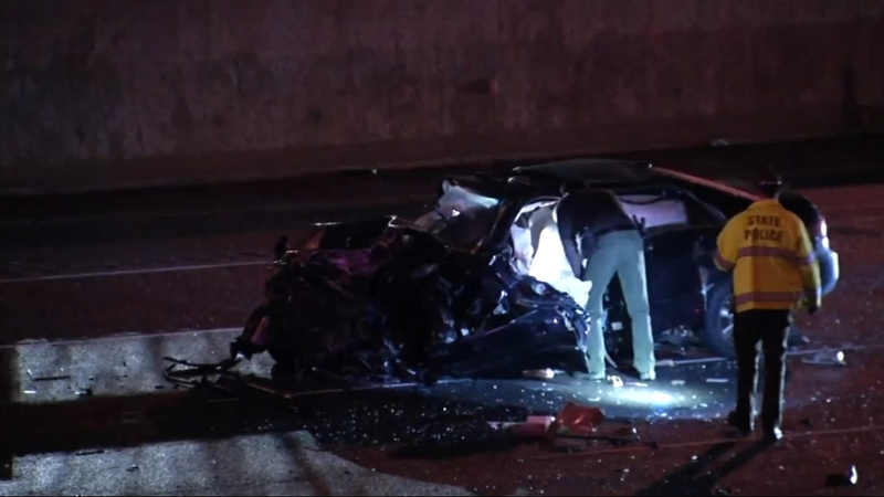 2 killed, 3 injured in multi-vehicle crash involving wrong-way driver on  I-355 in Downers Grove