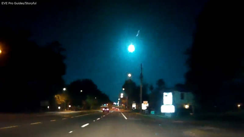 Florida meteor burns brilliant blue-green in the night sky: VIDEO