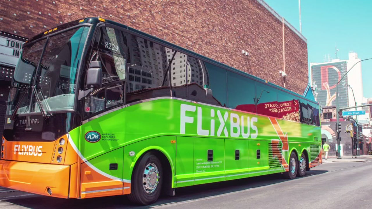 Green Bus Service Rolls Out 0 99 Fares From Houston To Top Texas Cities Abc13 Houston