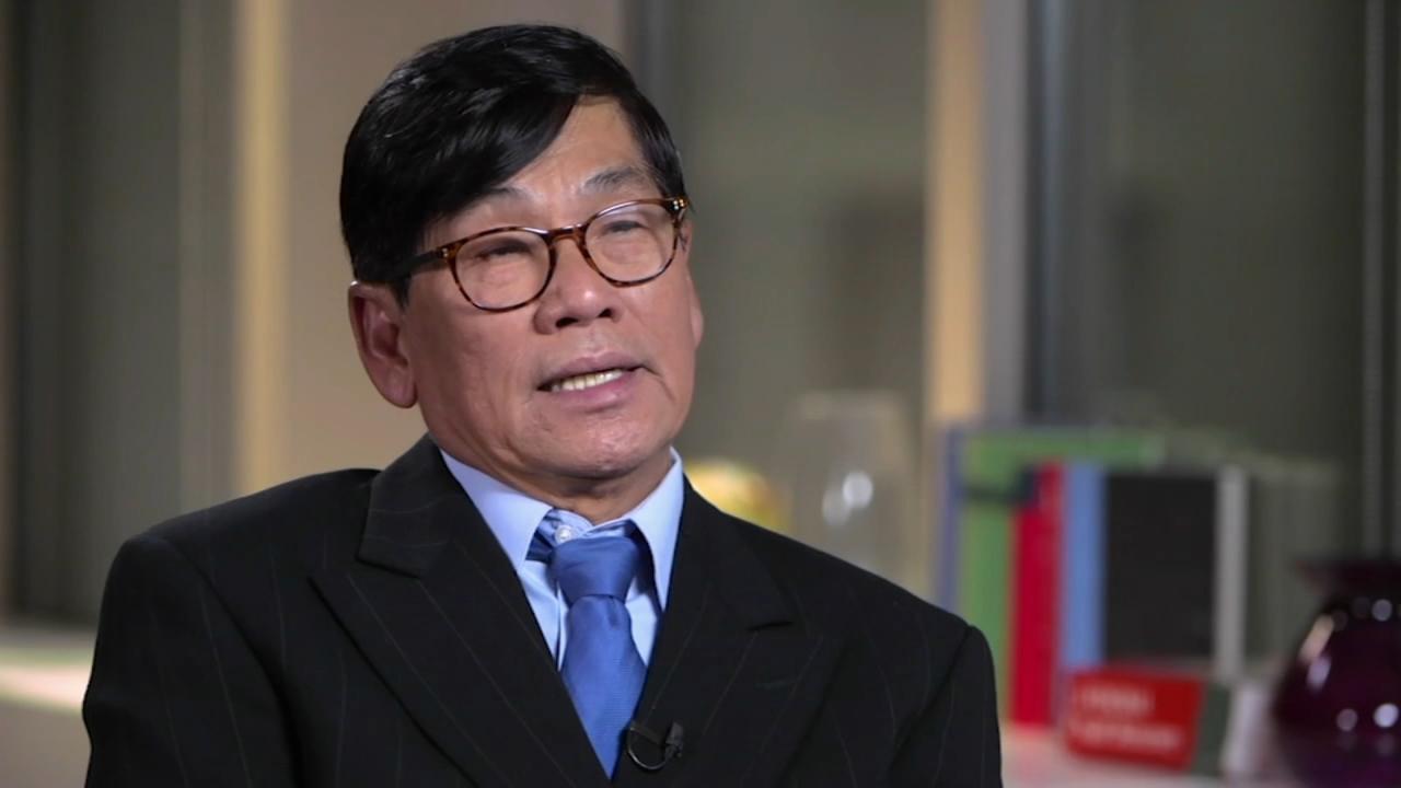 Dr. David Dao