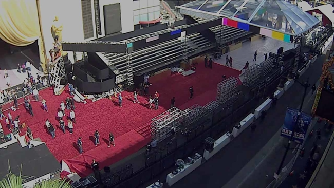 Timelapse Watch The Red Carpet Roll Out On Hollywood