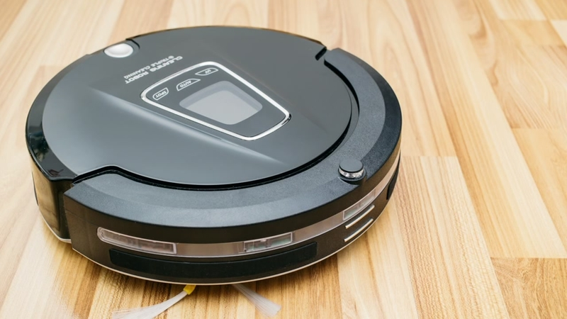 Woman calls 911 after thinking Roomba was burglar locked in