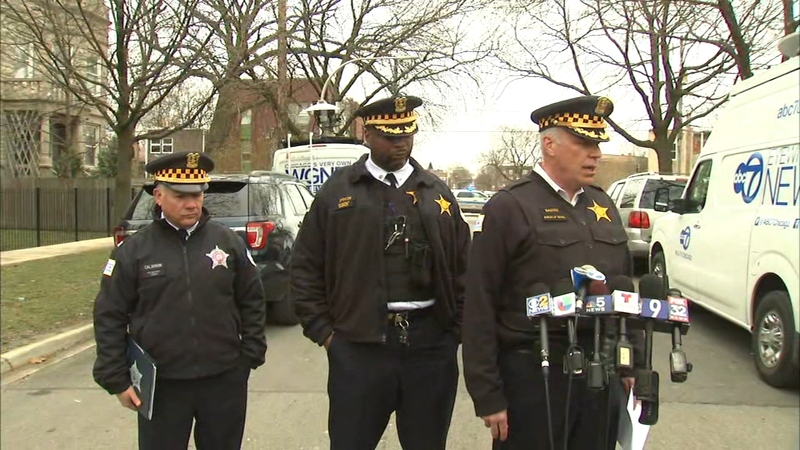 2 Dead 1 Critical In East Garfield Park Shooting Abc7 Chicago