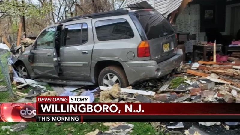 Driver crashes into home in Willingboro, N J