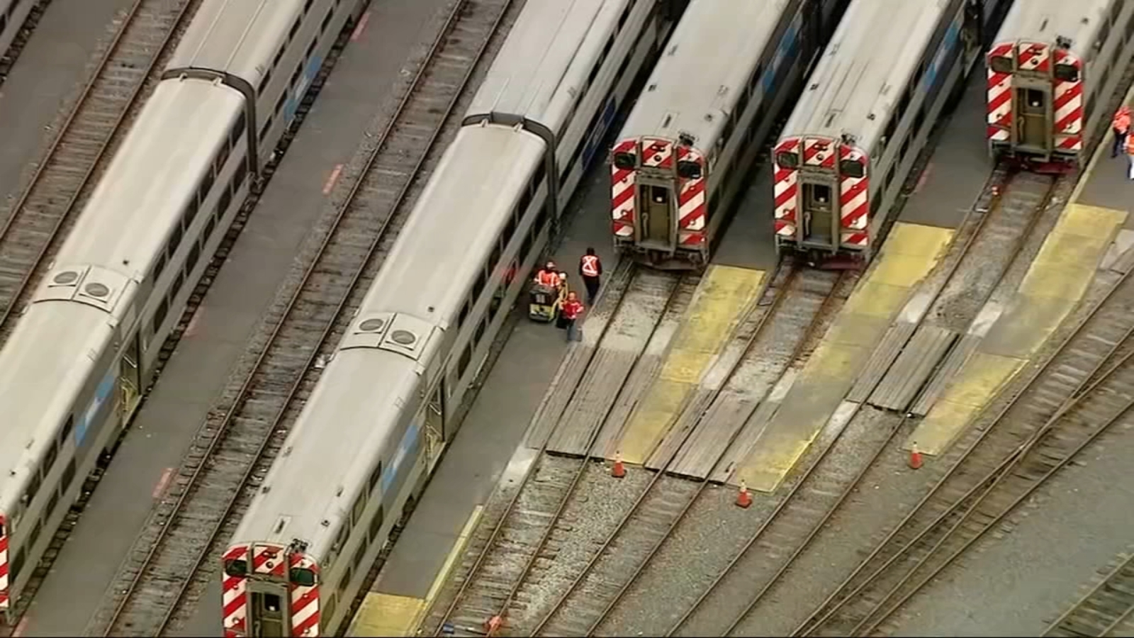 Metra, Amtrak officials grilled about service delays