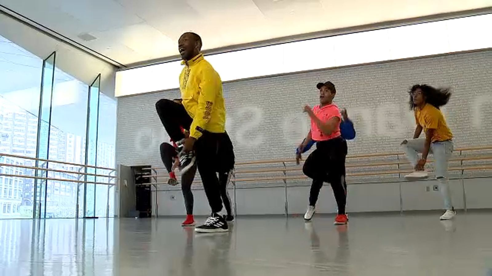 Dancers move with purpose to benefit American Cancer Society
