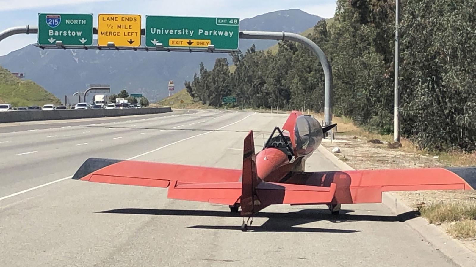 Small plane lands on 215 Fwy in San Bernardino