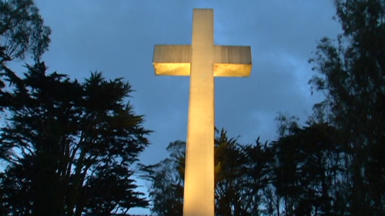 Hundreds to celebrate Easter at site of cross atop SF's Mount Davidson