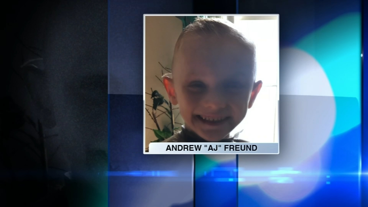 Missing Crystal Lake boy Andrew 'AJ' Freund: Father continues search, mother pleads for boy's, 5, return