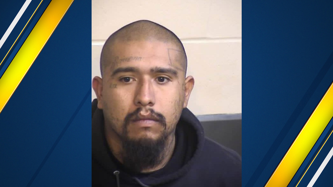Vehicle Registration Expired Over A Year >> Deputies: Suspect in custody after ramming vehicle into patrol car in Fresno County   abc30.com