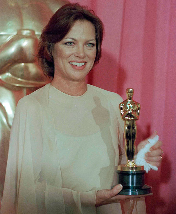 <div class='meta'><div class='origin-logo' data-origin='AP'></div><span class='caption-text' data-credit=''>Louise Fletcher holds the Academy Award she won for her leading role in &#34;One Flew Over The Cuckoo's Nest&#34;, in Los Angeles, March 30, 1976.</span></div>