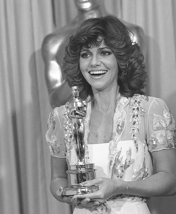 <div class='meta'><div class='origin-logo' data-origin='AP'></div><span class='caption-text' data-credit=''>April 15, 1980, Actress Sally Field smiles holding her Oscar awarded to her for her leading role in the film &#34;Norma Rae&#34; during the 52nd Annual Academy Awards in Los Angeles.</span></div>