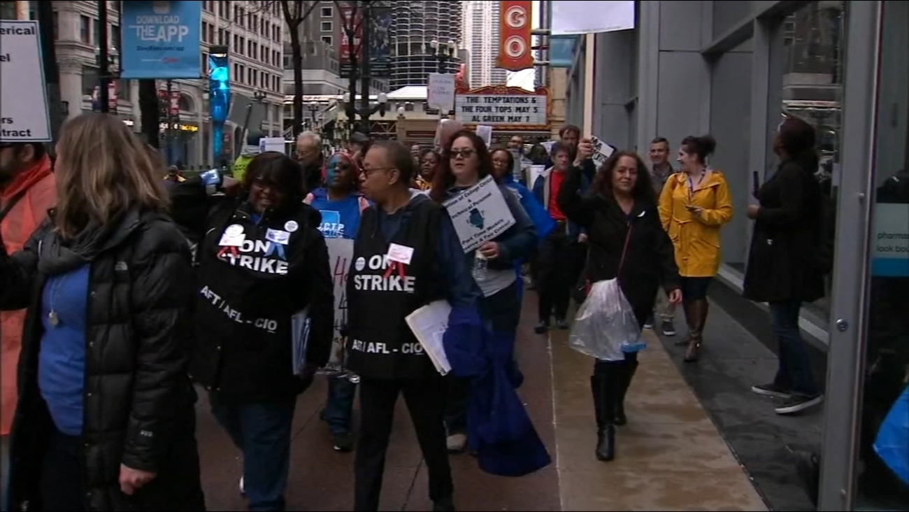 Workers, City Colleges Of Chicago Reach Deal To End Strike