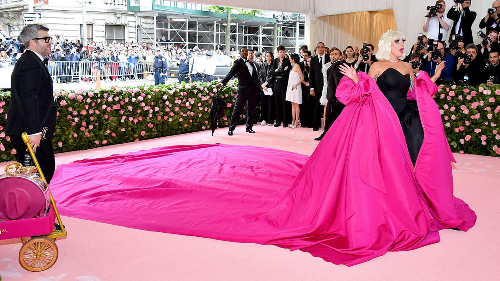 Lady Gaga Met Gala 2019 Dress Includes 3 Fashion Changes