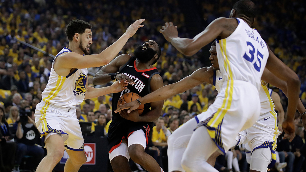 8aeddc021930 Golden State Warriors defeat Houston Rockets 104-99 in Game 5 ...