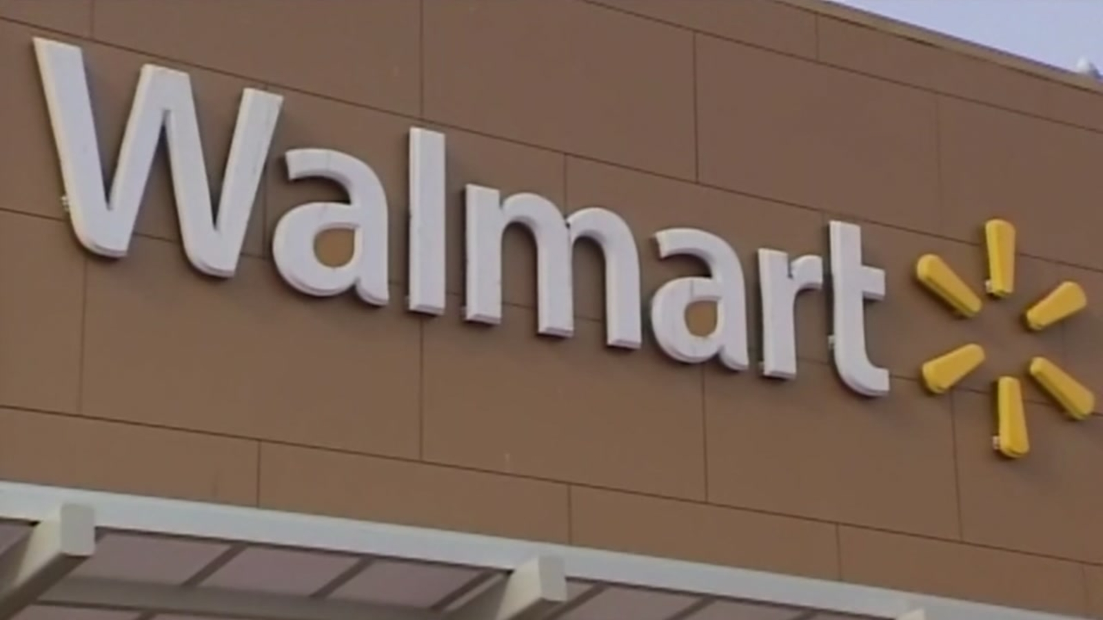 Walmart managers earn $175,000 a year on average: Report - KTRK-TV