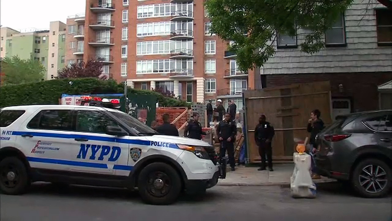 Worker critically hurt from fall down elevator shaft in Greenpoint