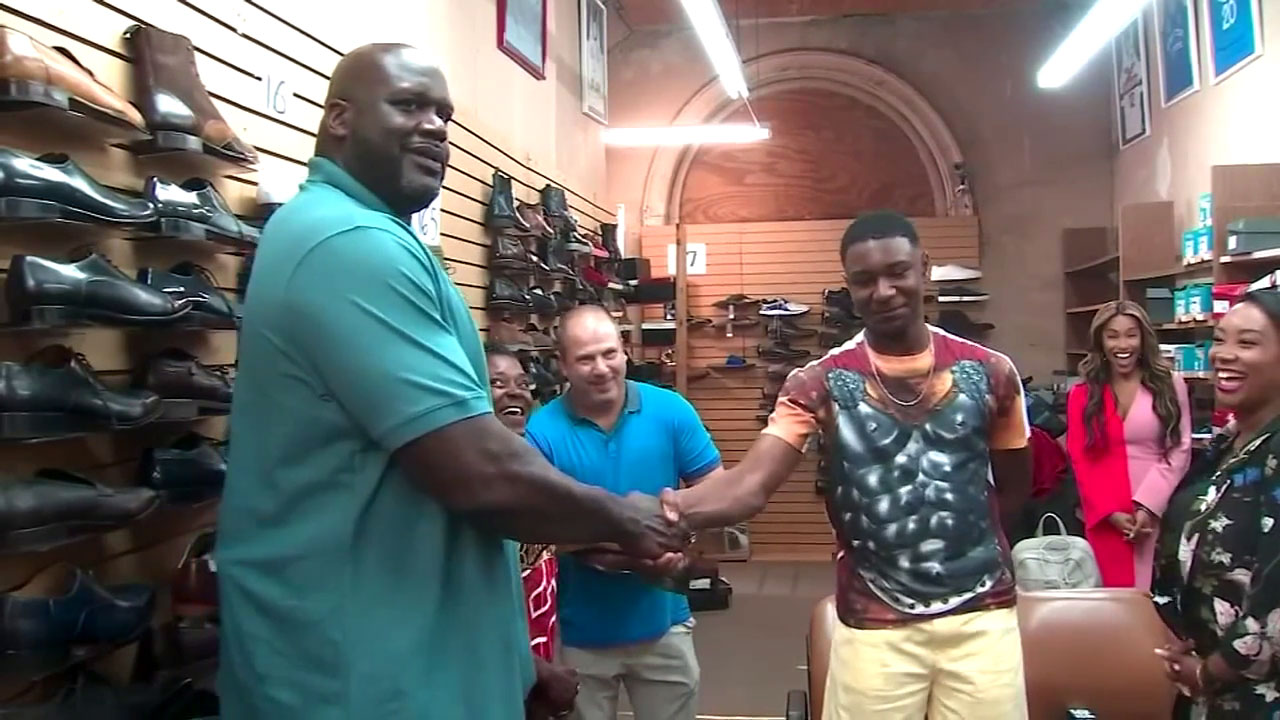 a6bf6d16ac8 Teen who couldn't afford size 18 sneakers gifted 10 pairs of shoes by Shaquille  O'Neal