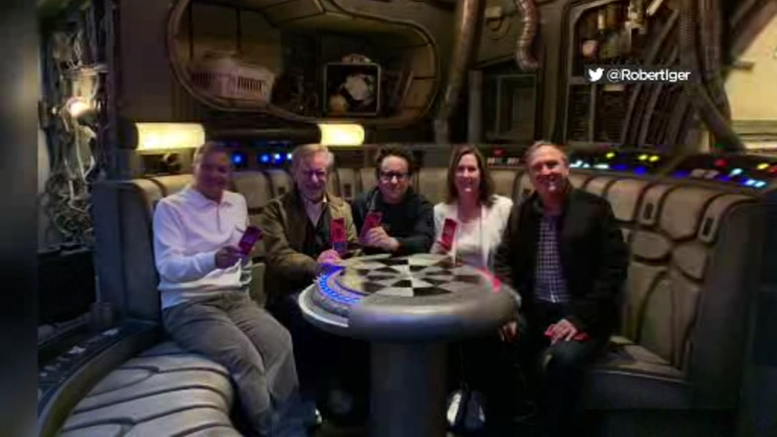 Stephen Spielberg, JJ Abrams get tour of 'Star Wars: Galaxy's Edge'