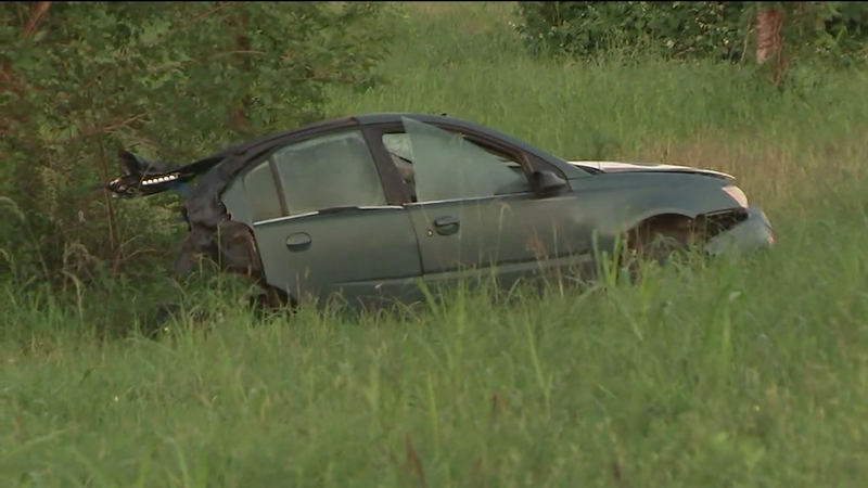 18-year-old killed and teen brother injured when car splits in half in east  Houston crash