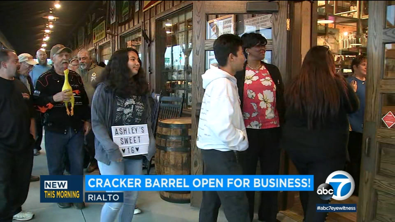 cracker barrel hours on easter 2019