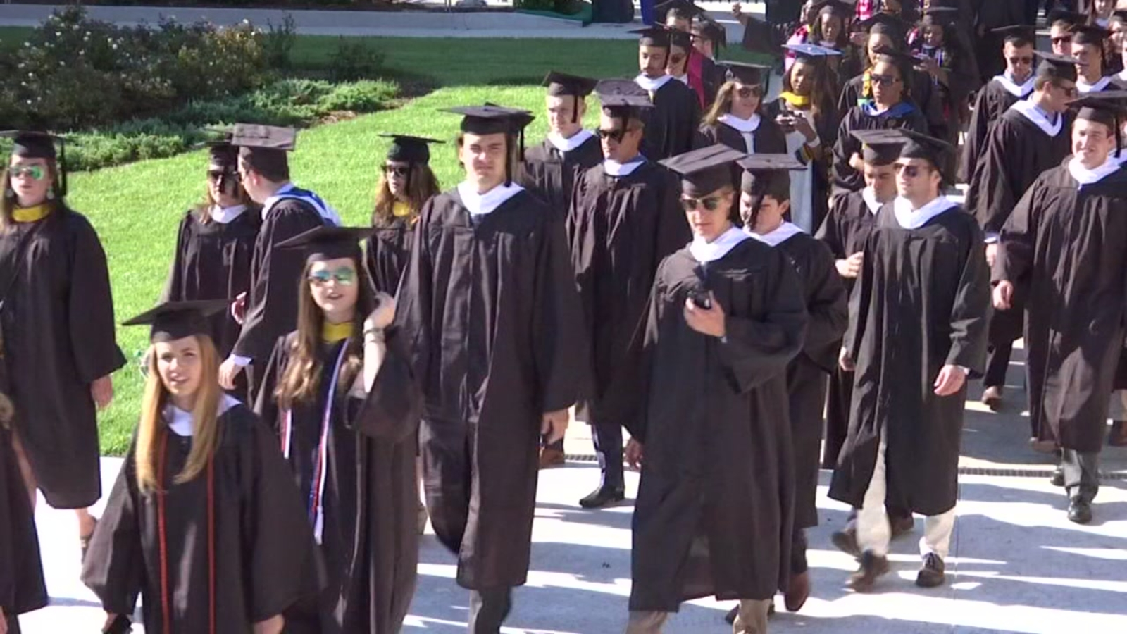 Student Finance on Flipboard | Clothing, Elizabeth Warren, College & University