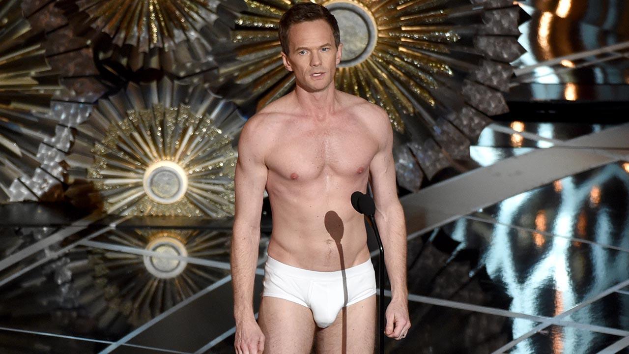 Muscle chap showing off in underwear