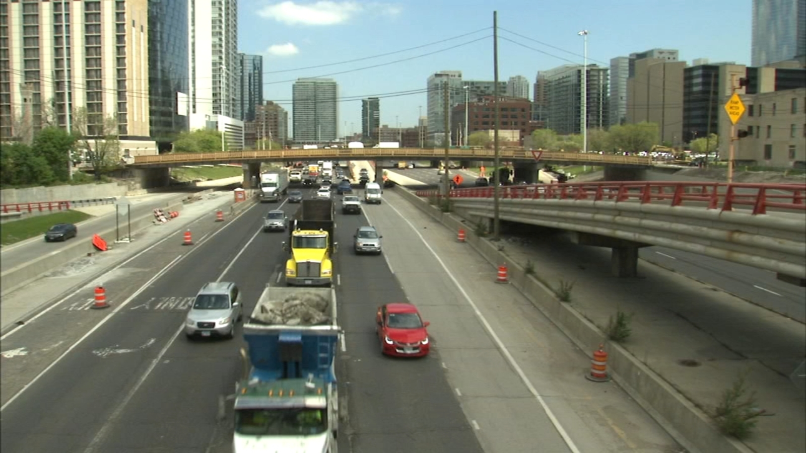 Illinois infrastructure is costing you broad money - WLS-TV thumbnail