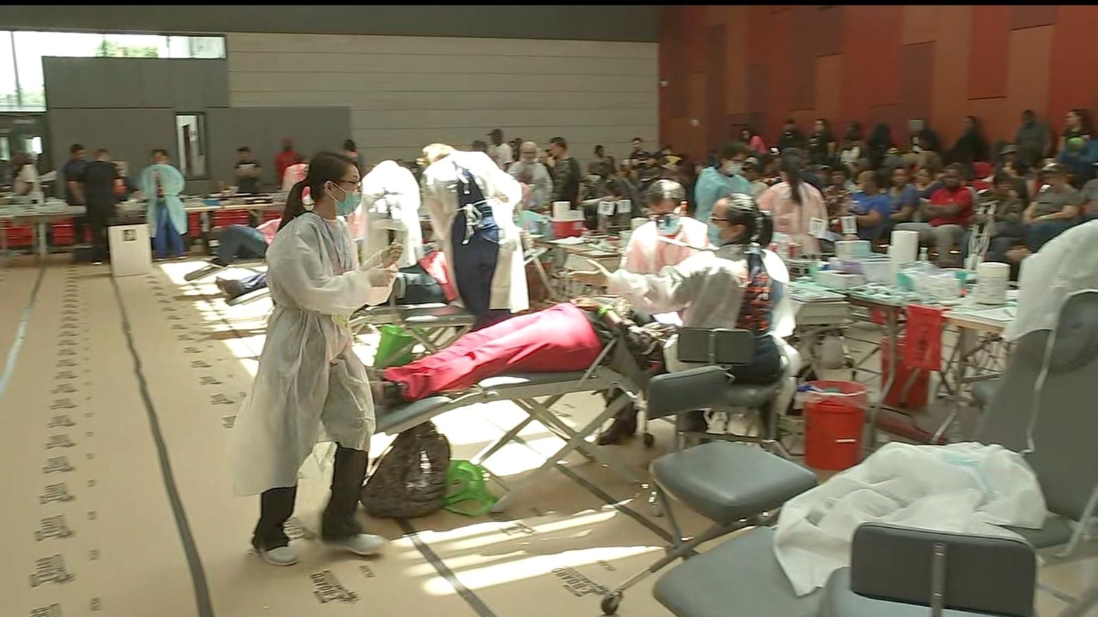 Abc Dental Care free dental clinic opens at emancipation park gymnasium in third ward