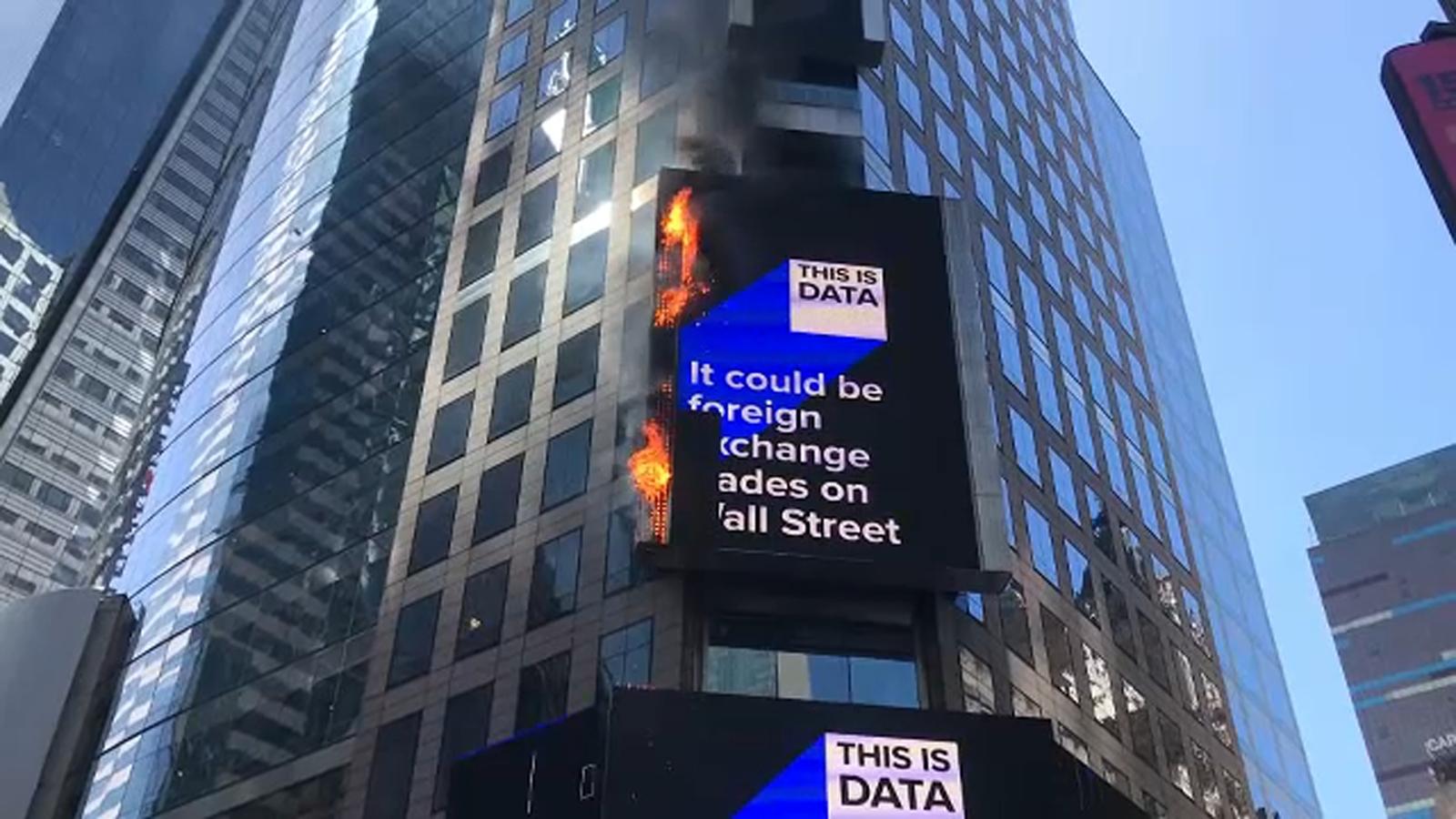 5307069 051819 wabc billboard fire img