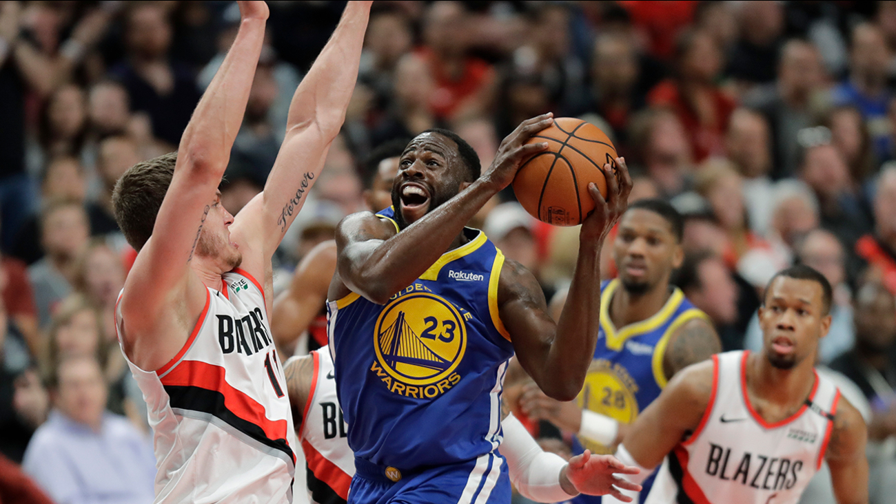59a1f43bbdf2 Warriors setup for a sweep of Western Conference Finals after game 3  victory over Trail Blazers