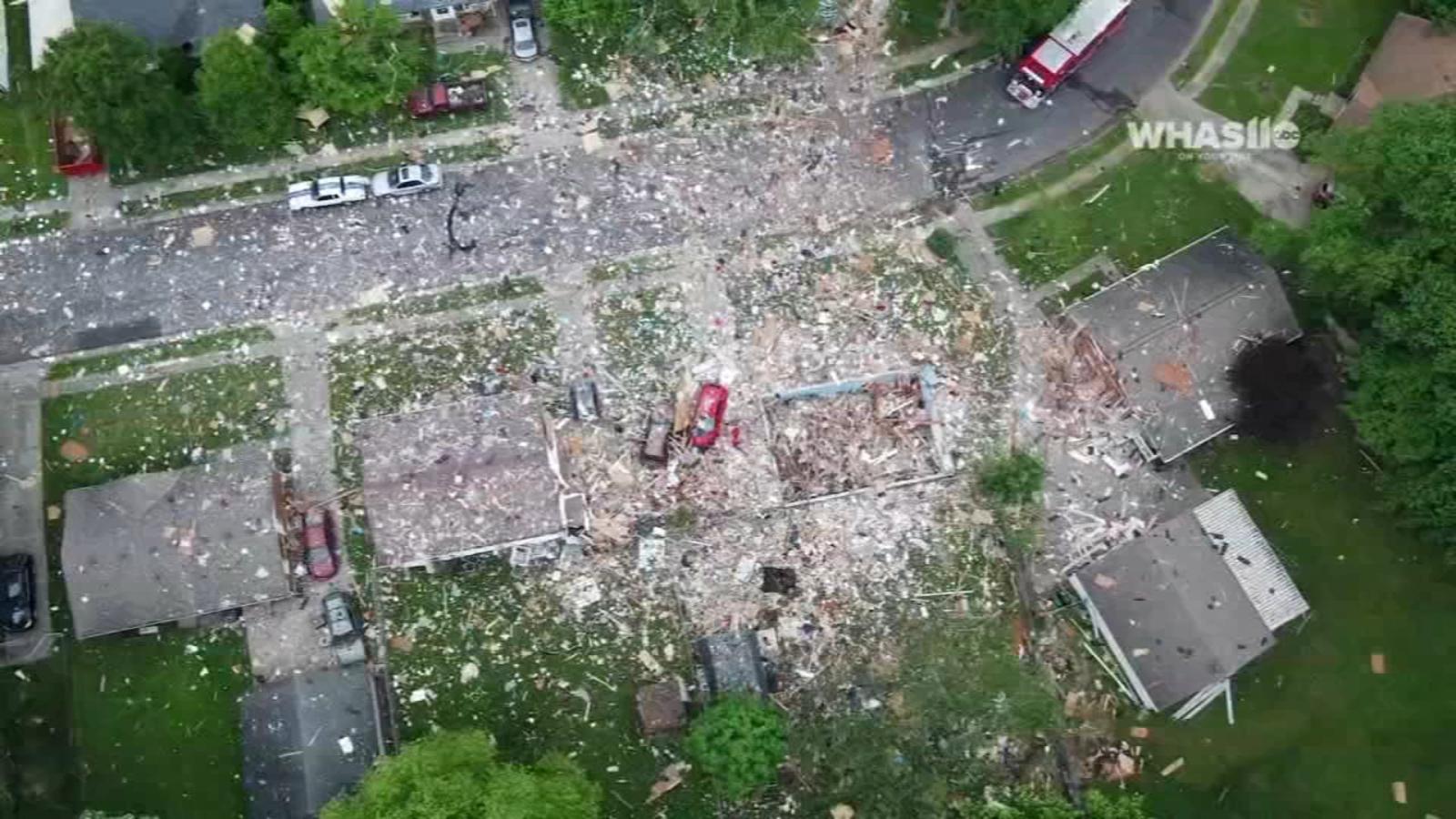 1 dead, 2 injured in Jeffersonville house explosion