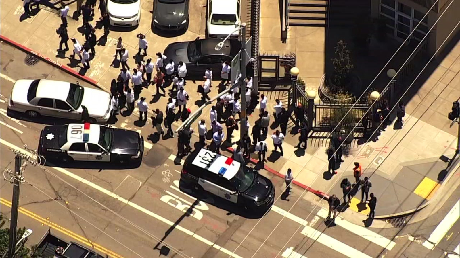 San Francisco police respond to reports of possible active shooter; Sutter Health medical building evacuated