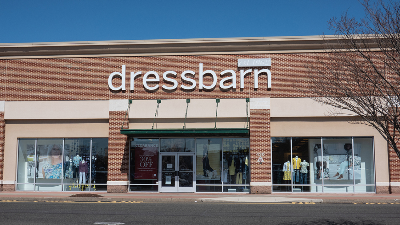 732da363c3 Dressbarn, women's clothing chain, to close all its 650 stores | abc7ny.com